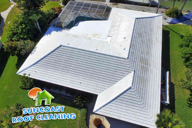 Suncoast Roof Cleaning - Soft Wash in Sarasota